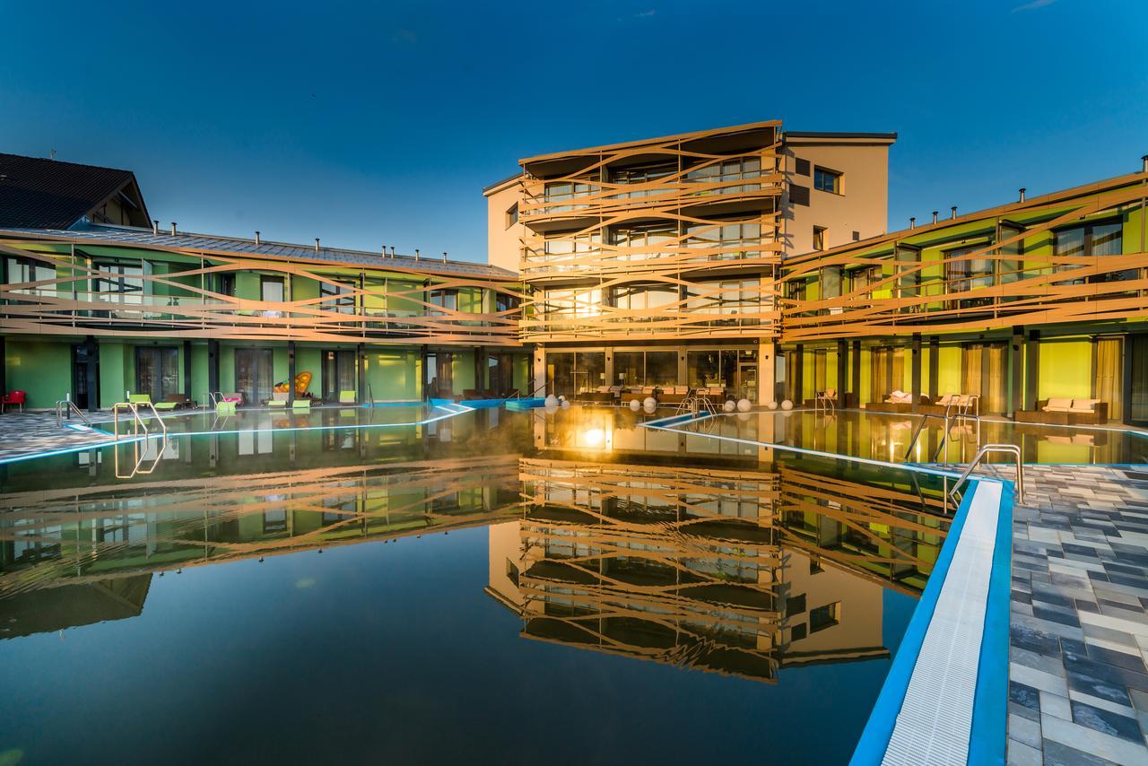 Bešeňová Hotel 02 bazen